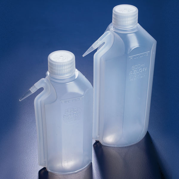 Integrated Spout Wash Bottle, Tall
